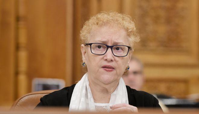 Plenul Parlamentului dezbate miercuri solicitarea de revocare a lui Renate Weber din funcţia de Avocat al Poporului - renateweber-1623830033.jpg
