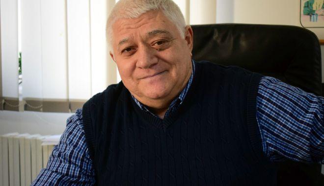 Foto: Respect, Dumitru Mihăilescu! Dispariţia unui profesionist, dispariţia unui sistem