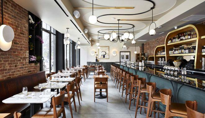 Redeschiderea restaurantelor s-ar putea amâna. Ministrul Economiei: