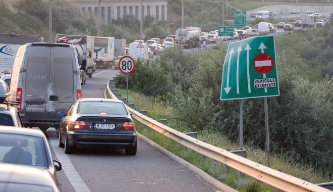 Foto: Restricţii de circulaţie pe Autostrada Soarelui