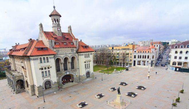 Foto: Restricții de circulație, vineri, în Piața Ovidiu
