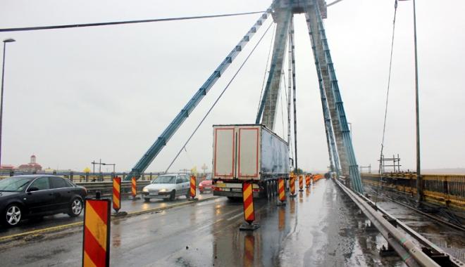 Foto: Restric�iile de circula�ie de pe Podul Agigea au fost prelungite p�n� dup� s�rb�tori