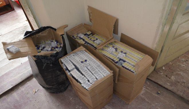 Reţea de contrabandişti  de ţigări, destructurată  de polițiștii de frontieră  din Constanţa - reteadecontrabandisti1-1539268982.jpg