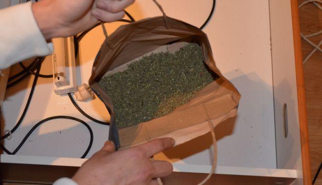 Reţea  de contrabandişti cu ţigări şi droguri, descoperită  de poliţiştii  de frontieră - reteadecontrabandisti3-1544805878.jpg