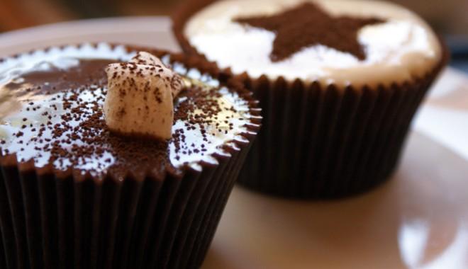 Foto: Reţete pentru pici: prăjitură cremoasă