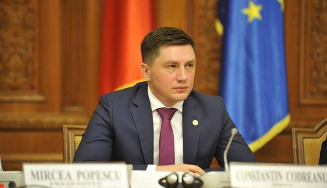 Foto: Reunirea Moldovei cu România, un nou proiect de ţară?