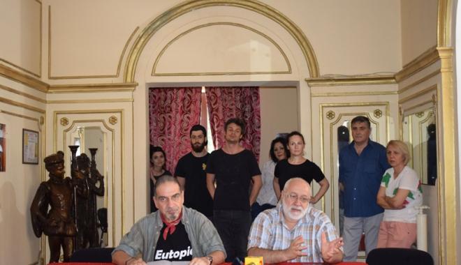 Foto: Control la Teatrul de Stat Constanța. Președintele Consiliului Județean a dispus un audit după ce actorii s-au plâns de situația teatrului
