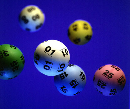 Au câștigat la loto, dar și-au ridicat premiul după șase ani. Află motivul! - rezultateloto-1350735683.jpg