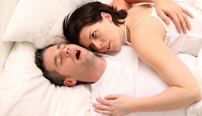 Foto: Apneea în somn. Riscurile sunt dintre cele mai grave