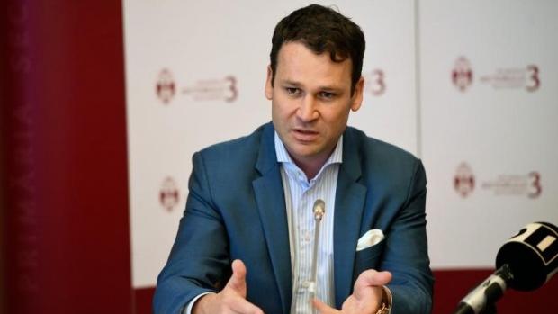 Foto: Robert Negoiţă cere demisia Vioricăi Dăncilă: Ţara a fost condusă într-un mod neprincipial, într-o direcţie greşită