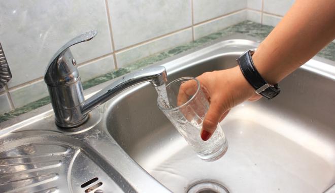 Foto: Cinci ore fără  apă rece în zonele Mamaia Nord  şi în Mamaia Sat