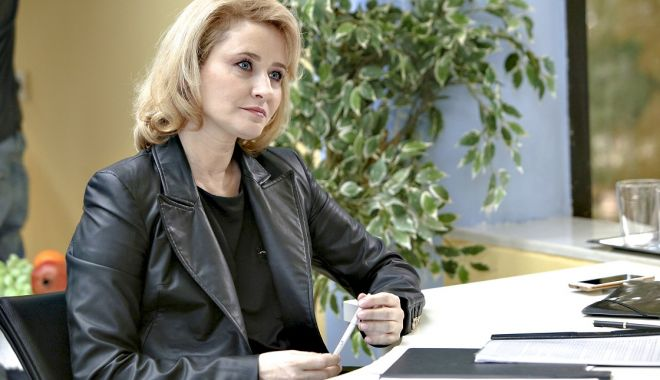 """Foto: Rodica Lazăr se alătură distribuției serialului """"Fructul oprit"""""""