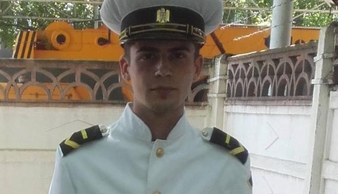 Foto: TRAGEDIE LA CONSTANŢA / Militarul care şi-ar fi incendiat locuinţa în care stătea cu chirie s-a sinucis