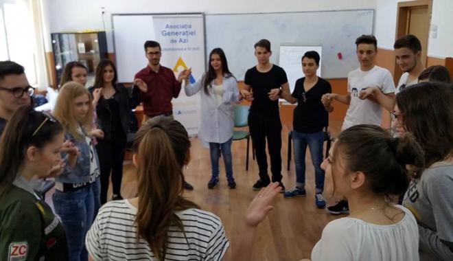 Foto: Rolul voluntariatului în dezvoltarea profesională