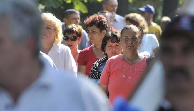 Tichete sociale pentru persoanele vârstnice din Cernavodă - romani13457933721351146549137241-1375877341.jpg