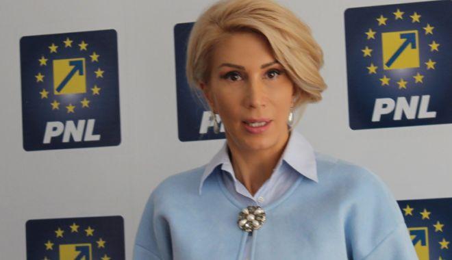 """Foto: """"România riscă să rămână fără fonduri de la UE"""""""