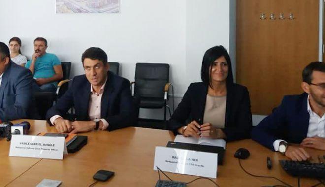 Foto: Rompetrol Rafinare, contribuabil principal la bugetul de stat.