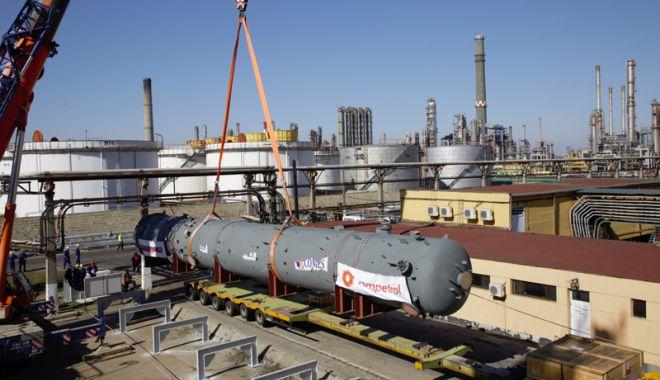 Foto: Rompetrol Rafinare, revizie programată a rafinăriilor Petromidia Năvodari și Vega Ploiești
