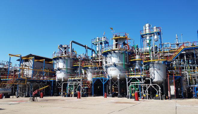 Performanțe remarcabile în rafinăria Petromidia, în ciuda unui an extrem de dificil - rompetrolinstalatiepetrochimierr-1614886129.jpg