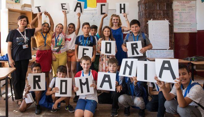 KMG International sprijină Teach for Romania în comunități vulnerabile din județul Constanța - rompetrolteachforromania1-1573505800.jpg