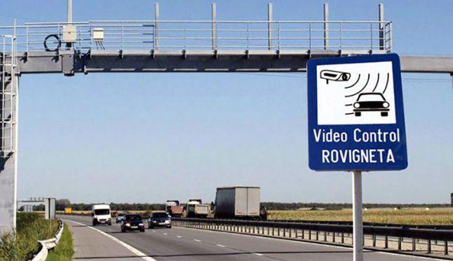 Foto: Șoferii vor primi notificări prin e-mail înainte de expirarea rovinietei