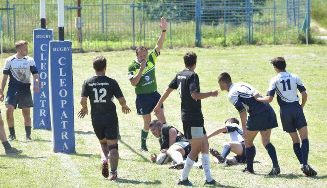 """Foto: Bătălia pentru titlu! Marele derby al rundei, în """"Badea Cârţan"""""""
