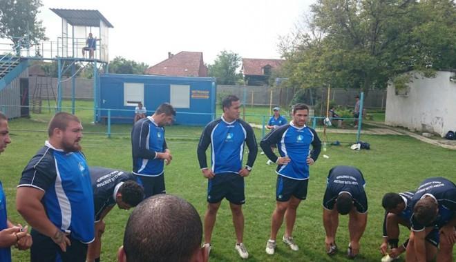 Foto: Rugby: RCJ Farul se pregăteşte de meciul cu Timişoara