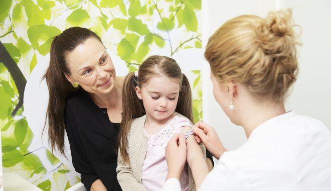 Campania de vaccinare rujeolică se va face din uşă în uşă