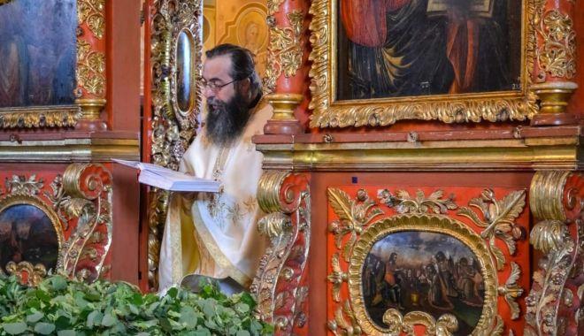 Foto: Sărbătoare mare pentru creștini: Duminica Rusaliilor