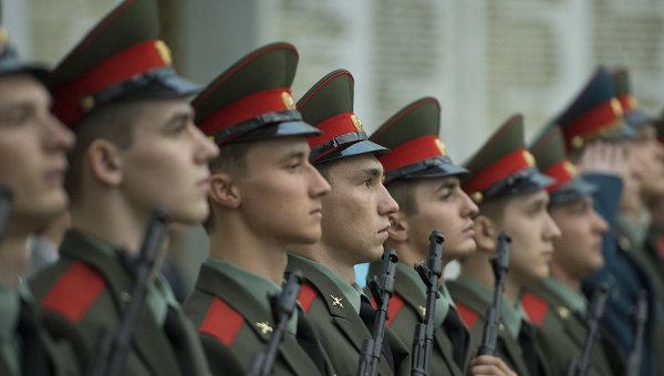 Foto: Rusia mărește cheltuielile militare cu 32,8% în 2015