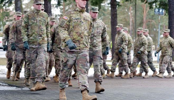 Foto: Rusia acuză SUA că şi-a consolidat ilegal  prezenţa militară în Polonia şi zona baltică