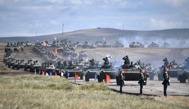 """Foto: """"Rusia se pregătește de o agresiune militară pe scară largă"""""""