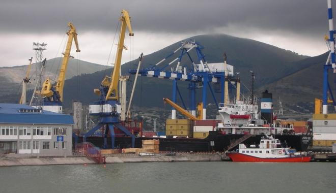 Foto: Rusia privatizează portul Novorossiysk, de la Marea Neagră