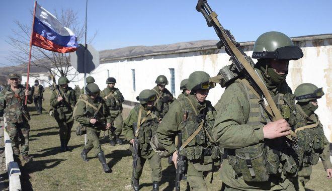 Foto: Rusia se pregăteşte de război. Zeci de mii de militari sunt concentraţi la frontiera cu Ucraina