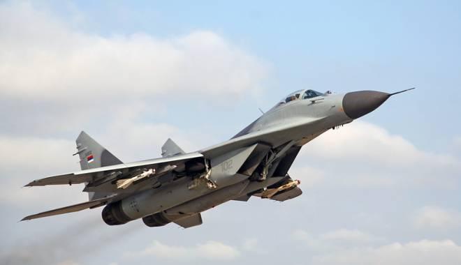 Foto: Turcia şi Rusia, la un pas de un nou incident militar. NATO cere Moscovei să-i respecte spaţiul aerian