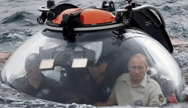 Foto: Surse din armata americană: Submarinele ruseşti ar putea lăsa omenirea fără internet