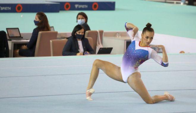 Sacrificii pentru performanţă! Larisa Iordache, internată de urgenţă în spital - sacrificii-1619103771.jpg