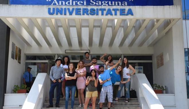 """Universitatea """"Andrei Şaguna"""" se mândreşte cu bursierii Erasmus - saguna-1501416710.jpg"""