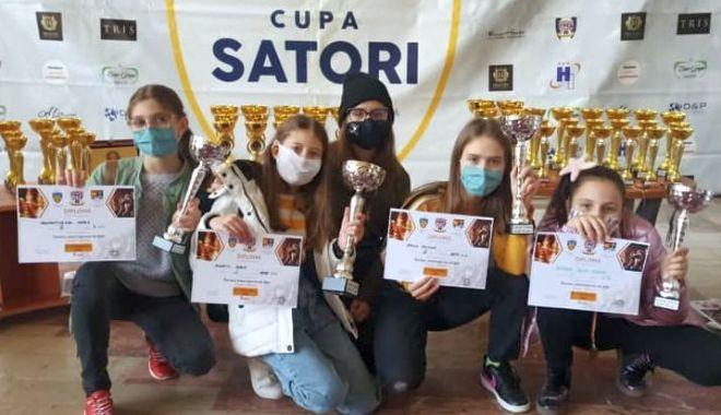 Şah în timp de pandemie! Constănţenii, pe podium la Cupa Satori - sah-1605112773.jpg