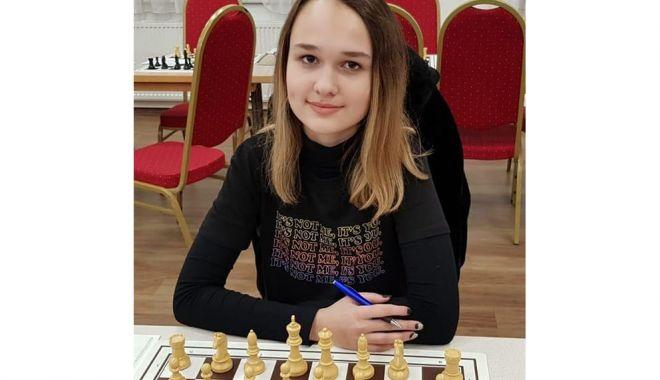 Şahista Maria Anghel, pe locul trei la Concursul Naţional online de juniori - sahista2-1613143396.jpg