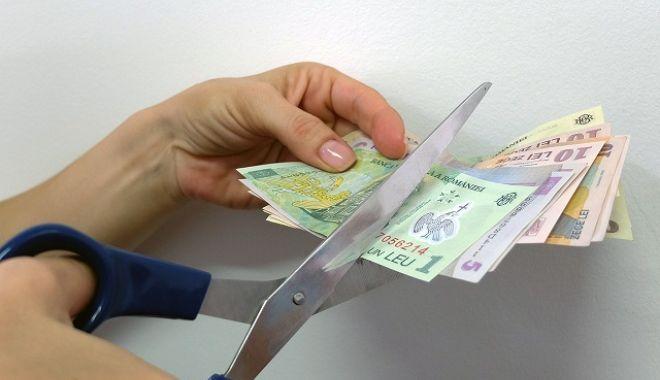 Anunț de ultimă oră despre pensii și salarii! - salariitaiate-1570783801.jpg