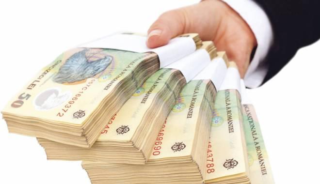 Foto: 1.800 lei, salariul mediu la Constanţa