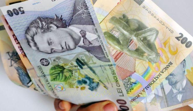Foto: Salariul minim ar putea fi majorat până la sfârșitul anului