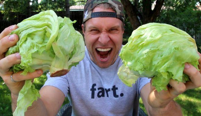 Foto: Ești stresat ? Mănâncă salată verde!