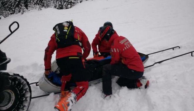 Foto: Trei turişti, între care un copil, rătăciţi în Făgăraş, recuperaţi după mai bine de 12 ore