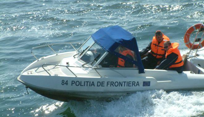 Braconier salvat de la înec de polițiștii de frontieră - salvatgarda-1588007117.jpg