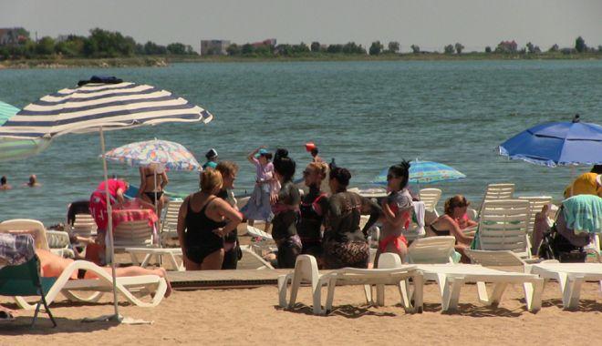 Foto: La ce vă ajută nămolul din lacul Techirghiol