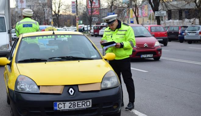 Foto: Sancţiuni pentru şoferii microbuzelor  şi taxiurilor din Constanţa