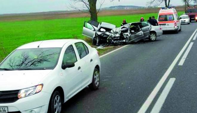 Foto: Grav accident rutier! Patru morţi,  printre care un copil de 5 ani