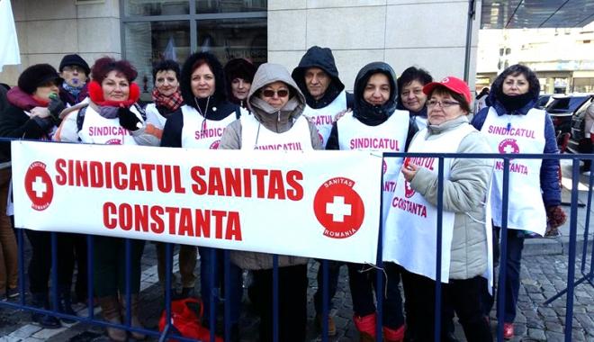 Foto: Sanitas îşi negociază contractul colectiv de muncă